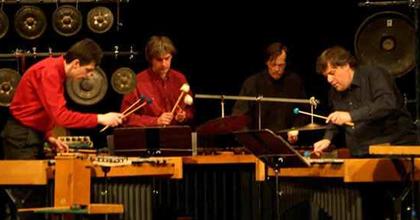 Dobpergés - Koncertsorozatot indít az Örkény Színház