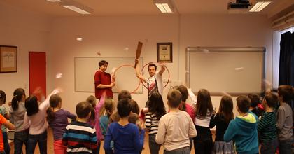 Nyitott Szemek Fesztiválja - Színházi nevelési programok mustrája a Jurányiban