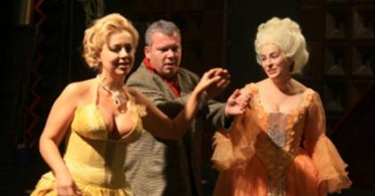 A színigazgató - beavató játék a pécsi színházban