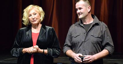 Cziráki János színpad- és zsinórmester kapta a Bujtor-gyűrűt Veszprémben