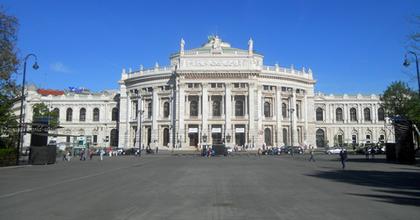 A Burgtheater sajnálja a Nemzeti távolmaradását