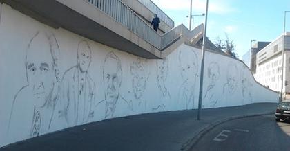 Készülnek a színészportrék a Rákóczi hídnál