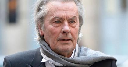 Alain Delon is vendége lesz a bécsi operabálnak