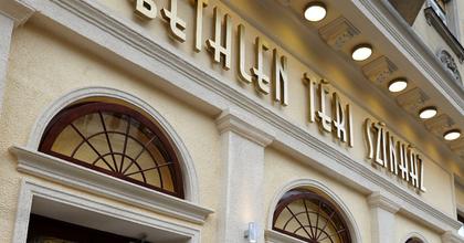 A Színházak Éjszakáján indul az évad a Bethlen Téri Színházban