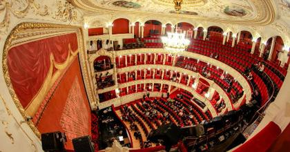 Hétfőtől válthatók bérletek a szegedi színház következő évadára