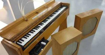Ritka hangszerek a párizsi Chatelet színházban