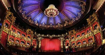 Pénzügyi ügyintézőt keres az Operettszínház