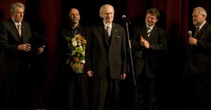 Senkálszky Endre a Színházi Kritikusok Céhének életműdíjasa
