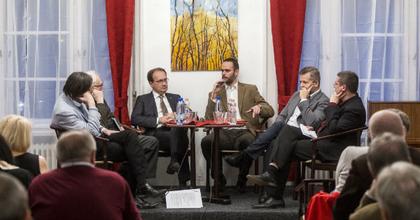 A kulturális folyóiratokról tartottak vitaestet az Írószövetségben