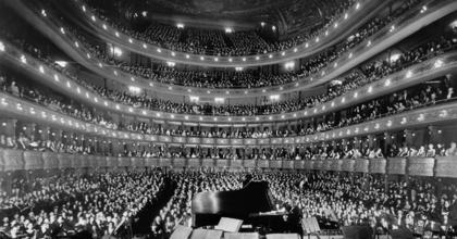 Mi vár az európai operaházakban? - Operarajongók figyelem!