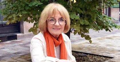 Radnóti Zsuzsa kapja az első Art is Business – különdíjat