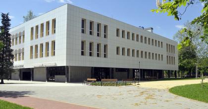 Csaknem félmilliárdot nyert Gyula a művelődési központ felújítására