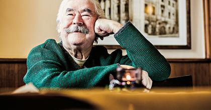 """""""Amikor megismertem a betűket, más ember lettem"""" - 80 éves Csukás István"""
