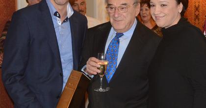 Így köszöntötte Szinetár Miklóst az Operettszínház