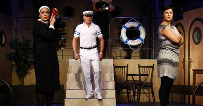 Pánik a fedélzeten - Musical a Pinceszínházban Ábel Anitával