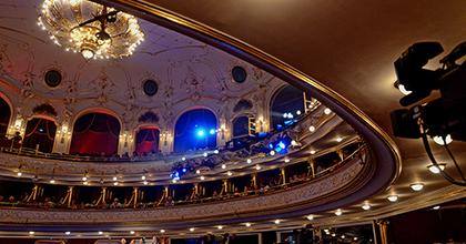 Önkénteseket keres az Operettszínház