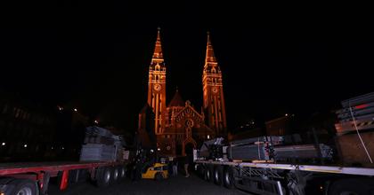 Három hét alatt a semmiből épül fel a Szegedi Szabadtéri Játékok