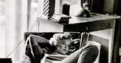 A Monroe-rejtély nyomában