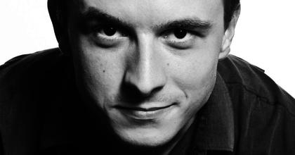 """""""Embernek lenni annyival egyszerűbb"""" - Interjú Benkó Bencével és Fábián Péterrel"""
