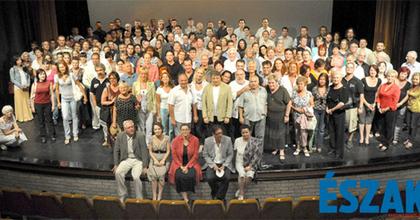 Rendkívüli ülésen tájékoztatták a miskolci színészeket