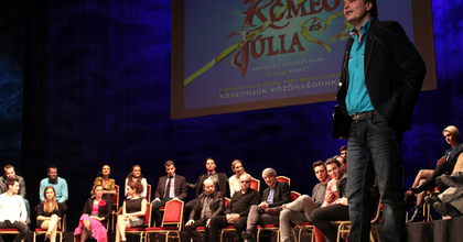 'A feleségem miatt született a Rómeó és Júlia' - Gérard Presgurvic az Operettszínházban járt