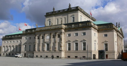 Tovább csúszik a berlini Staatsoper felújítása