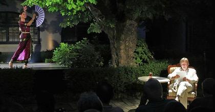 Füveskönyvek - Dunai Tamás estje a veszprémi színházban