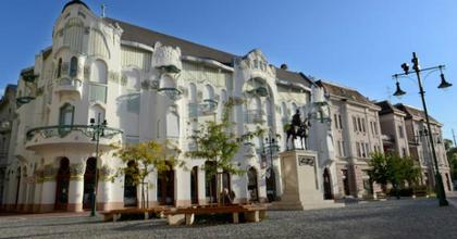 A Szegedi Szabadtéri előadásairól indul beszélgetéssorozat a Reök-palotában