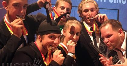 Aranyérmet nyertek a fiatal magyar artisták Wiesbadenben