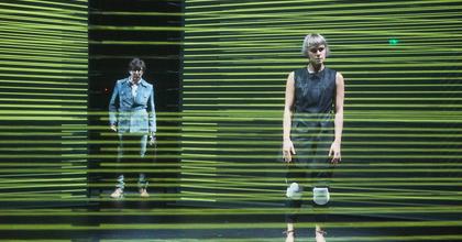 Digitális világ a színpadon – A Nórát mutatja be a kolozsvári színház