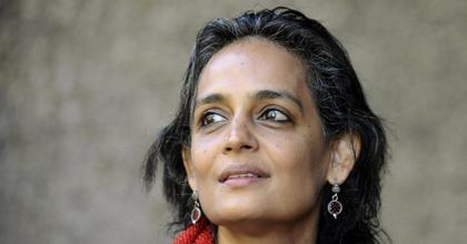 További indiai írók és filmművészek adták vissza kitüntetéseiket