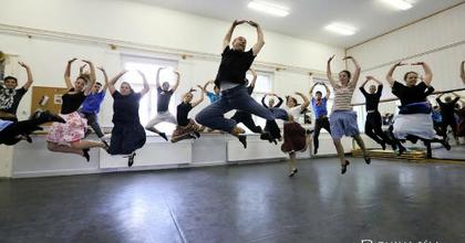 Zorba, a görög - Látványos táncmű nyitja a Szegedi Szabadtérit