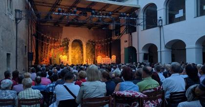 Négy saját bemutató a Kőszegi Várszínházban