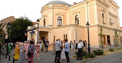 Sokszínű és derűs ünnepi évad kezdődik Szatmárnémetiben
