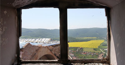 Segélykoncertek a leégett Krasznahorka váráért