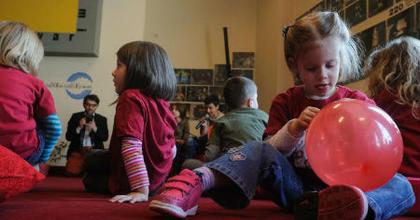 Mesejáték- és rajzpályázatot hirdet gyerekeknek a kolozsvári színház