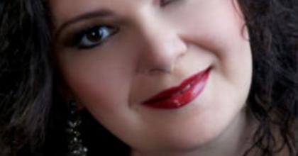 Színészekkel ünnepli a költészet és a hang napját az Operaház