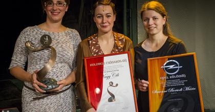 Nagy Cilié a Holdbeli csónakos-díj