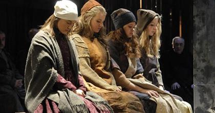 A salemi boszorkányok - Nagy Viktor a szolnoki színházban rendezett