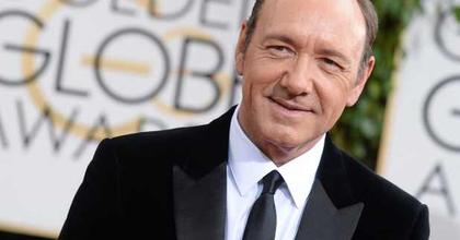 """Kevin Spacey mesterkurzust tart a """"bollywoodi Oscar-gála"""" hétvégéjén"""