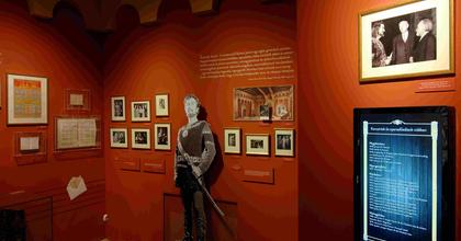 Simándy József életmű kiállítása volt tavaly a legjobb tárlat