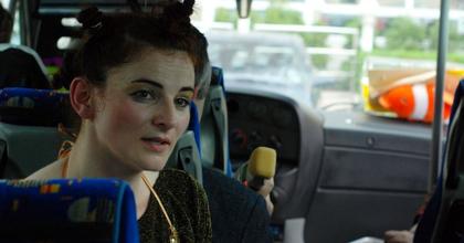 Színházi élmény a buszon