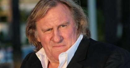 Gérard Depardieu visszaadja francia útlevelét