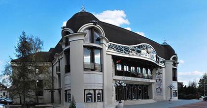 A Cseresznyéskerttel nyitja a következő évadot a szolnoki színház