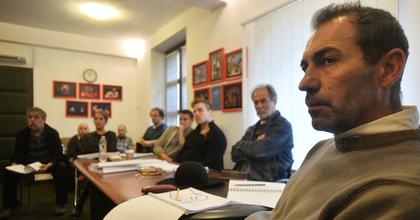 Szembenézni 80 év történelmével - A mi osztályunkat mutatják be Miskolcon