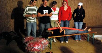 Színészet iránt érdeklődő kamaszokat vár a People Team tábor