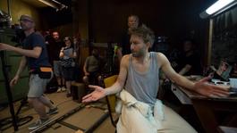 Botcsinálta színházrendezőről szól Vékes Csaba Montrealba meghívott filmje