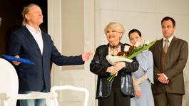 Galambos Erzsi 70 éve a színészi pályán
