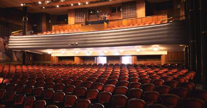 Ádámok és Évák Ünnepe - A fővárosból elsőként csatlakozott a József Attila Színház