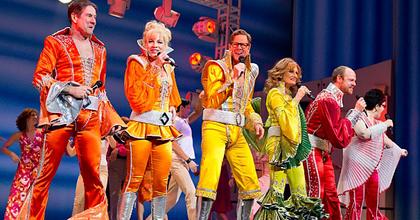 Búcsúzik a Broadwaytől a Mamma Mia!